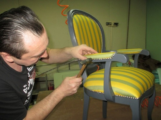 Уход за антикварной мебелью    (1)