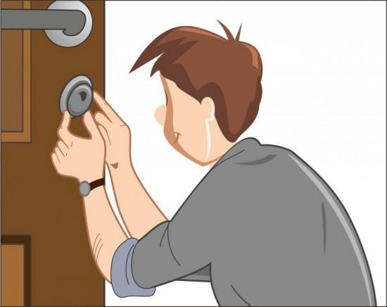 Способы ремонта металлических дверей самостоятельно.