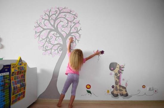 Креативное украшение стен