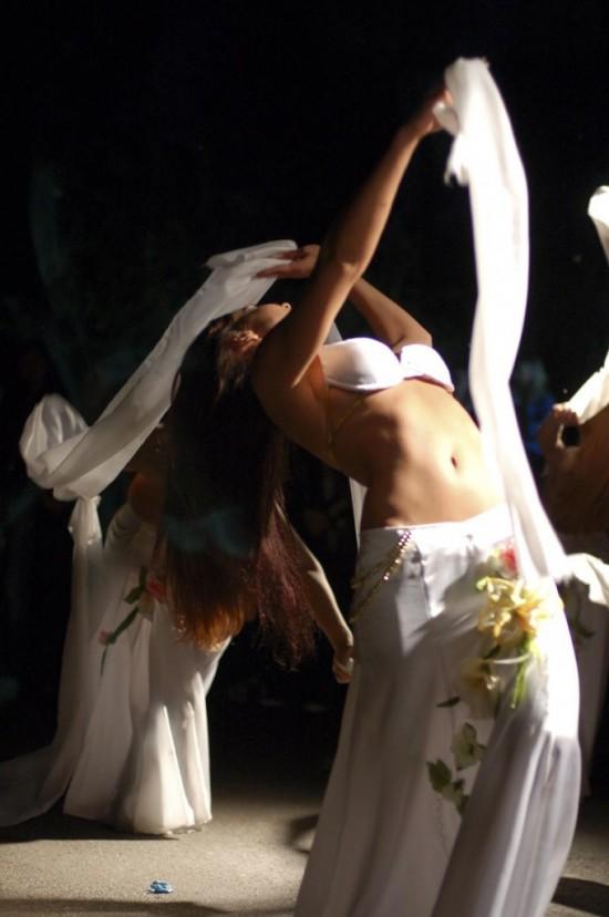 Занятия восточными танцами2